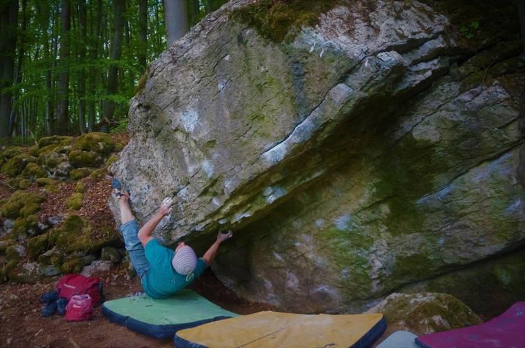 "1st.ascent ""Dachsbug"" fb 7b+ (Frankenjura/Holshauswände)"