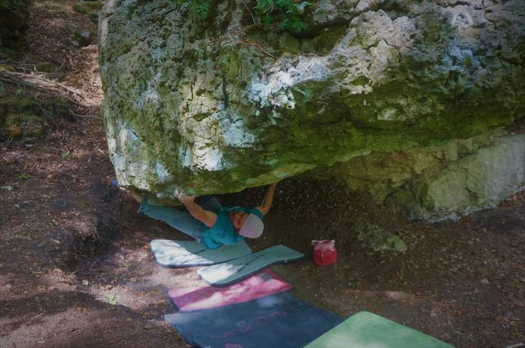 "1st.ascent ""Lockdown low"" fb 8a -Frankenjura-"