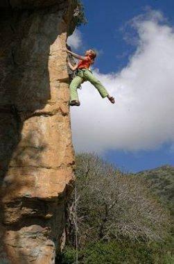 Climbning in Patrimonio, Corsica photo: Guillaume Vallot