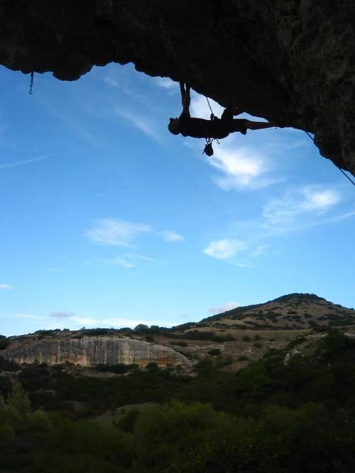 The super steep Husky 7a+, Isili, Sardinia