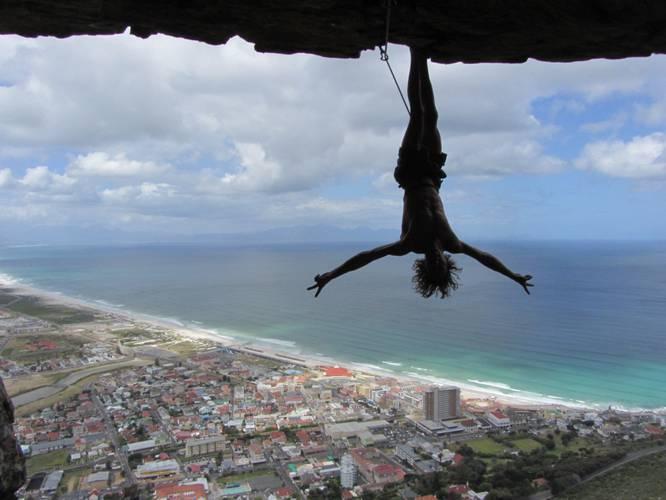 Matt Bush doing the Bat-hang @ The Hole, close to Cape Town