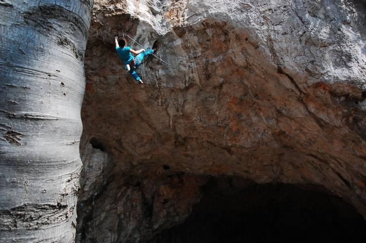 Memento 8b+, Kotečnik (Slovenia) Photo taken in March, but the route got crushed today :)