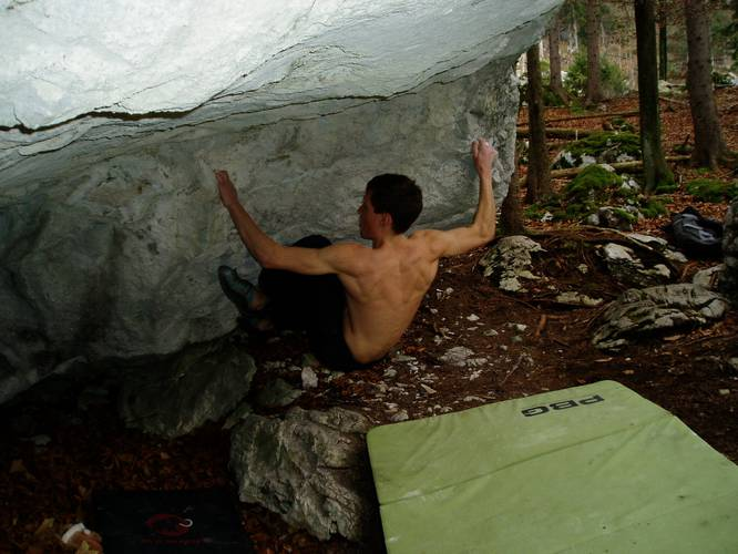 Fear the darkness 7c+, Attersee