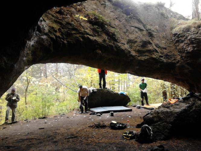 Abkantpresse 7b, Königshöhle such a nice afternoon