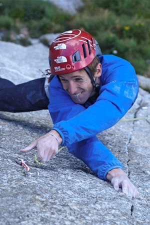 James Pearson re-signs to lead Wild Country UK team...