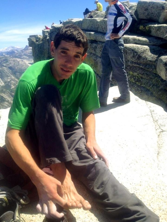Honnold does the most impressive solo ever?