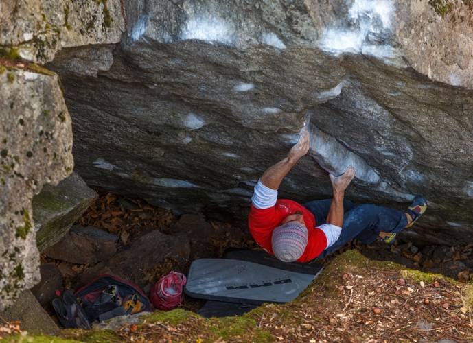 """1st. ascent """"The real pinch direct"""" fb 7c+ -Chironico/Tessin-"""