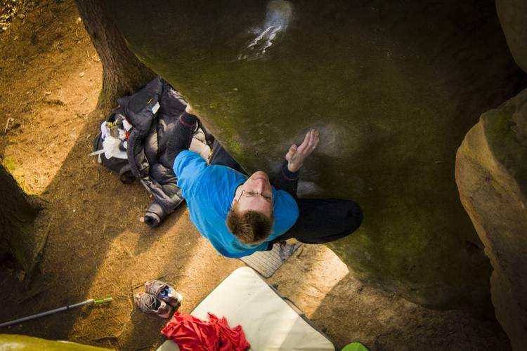 A friend of mine Tomas Hosa climbing a beautiful aret Michaela Drtinova 7Cfb in a small czech sandstone area.