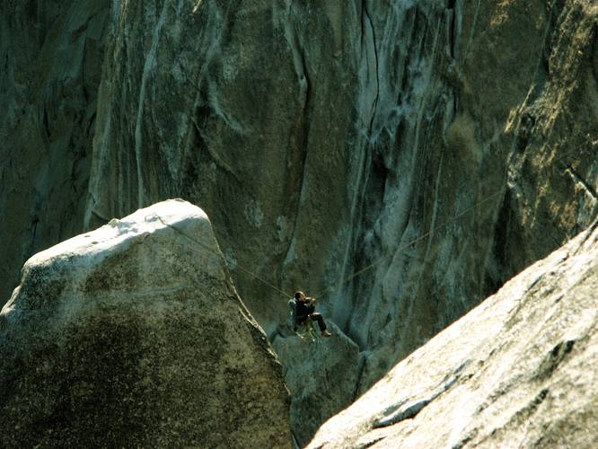 Walker Emerson on the Tyrolean. Lost Arrow Spire Yosemite