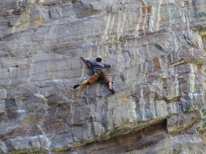 Wicked gravity 6c  Lake Louise
