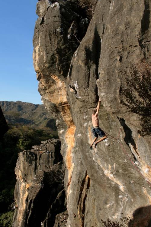 Super Heróis 8a+ (10a br) - Serra do Cipó - Escalador: Fluber
