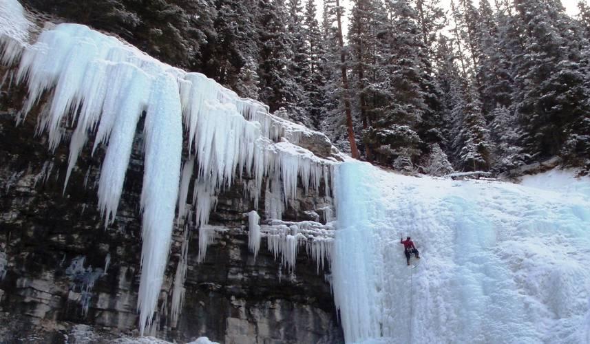Johnston Canyon cerca de Banff, Canada