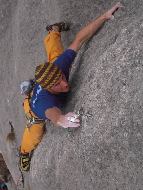 #Climber: Emanuele Camera #Route: Innuendo 7b, Finale Ligure