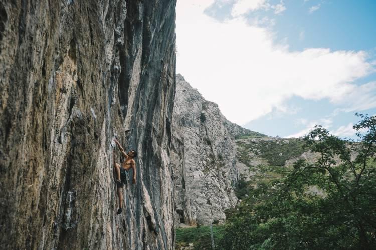 Climbing in Teverga