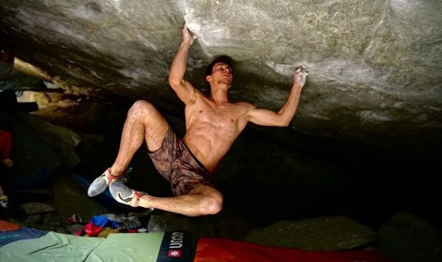 Practice of the Wild 8B+ (C) Antoine Girard