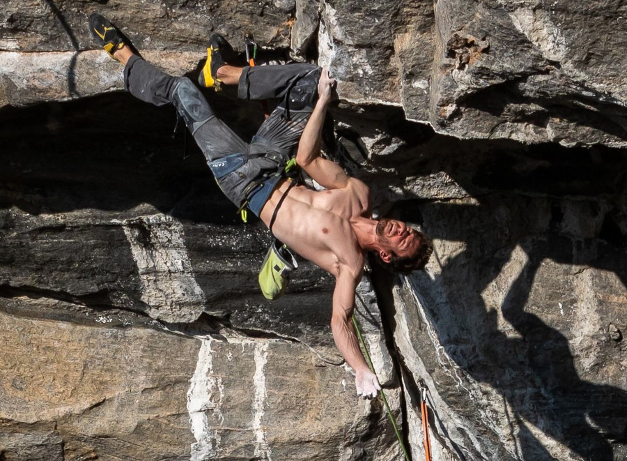 Wang reports about bad conditions and close call for Ghisolfi's 9b+