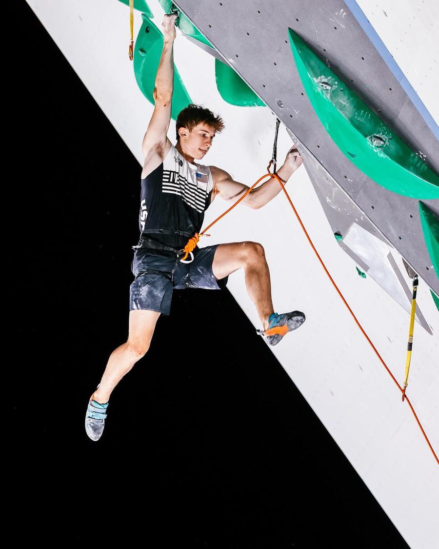 Jakob Schubert wins Lead stage, Mickael Mawem first after quali