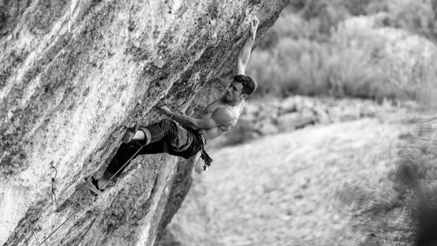 Gancho Perfect 9a (+) by Tom Bolger