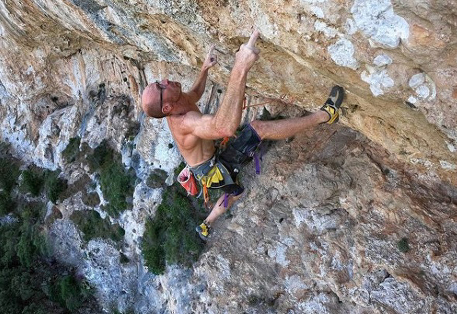 Two 9a FAs by Iker Pou (43)
