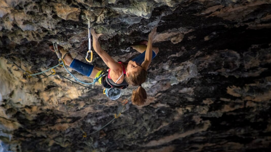 Laura Rogora comments her 9b