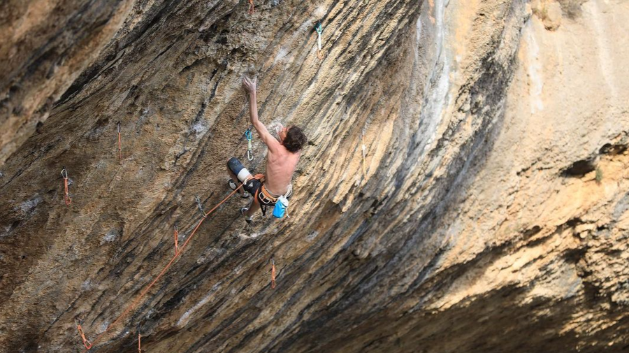 First Ley 9a+ by Dave Graham (39)