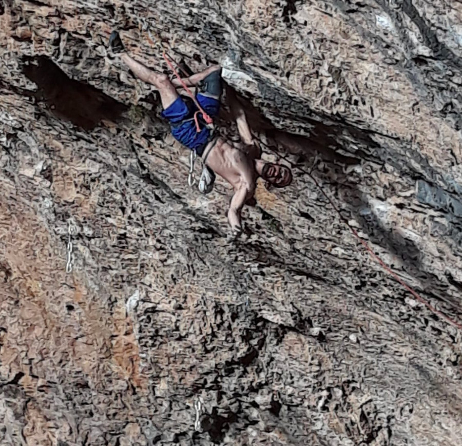 8c+, 8c+ (9a) and 9a by Gonzalo Larrocha (36)