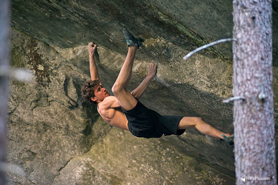 Giuliano Cameroni comments his latest 8C FA