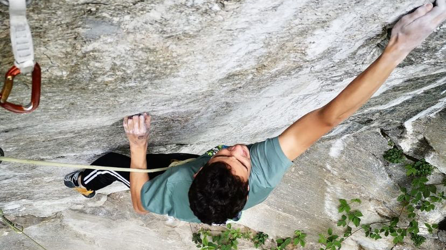 One Punch 8c+ FA by Matteo Reusa (13)